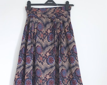 Vintage 70's Floral Geometric Print Thick Pleated High Waist Boho Midi Skirt Size 14