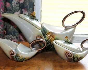 Beautiful Vintage Parchment and Pine Teapot, Sugar, and Cream Set by Hull Pottery Company
