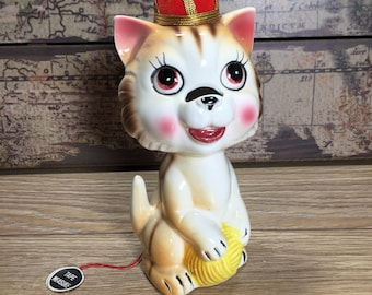 Cat Tape Measure Pin Cushion Ceramic Sewing Accessory Japan Vintage kitten Yarn