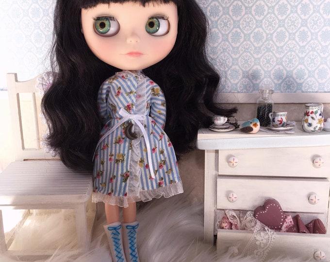 Custom Blythe Doll / darkest brown – black hair