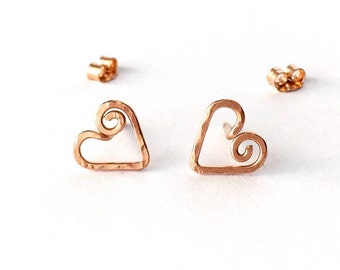 Heart Swirl Stud Earrings. Rose Gold Filled Hand Hammered Heart Spiral Studs. Pink Gold Heart Post Earrings. Small Girl Valentines Day Studs