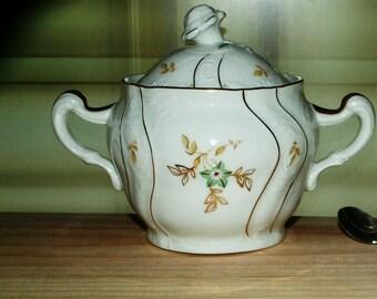 Porcelain sugar bowl/relief ornaments/Gilded ornaments/lid bowl