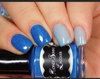 Stephanie - thermal nail polish - indie nail polish - blue thermal nail polish - holographic nail polish - color changing polish