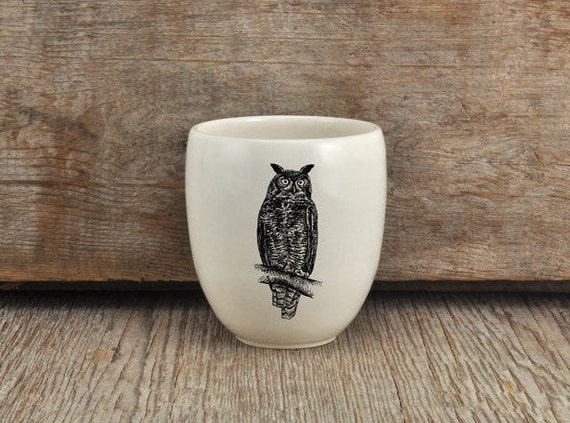 Handmade Porcelain coffee tumbler with Great horned owl drawing Canadian Wildlife collection