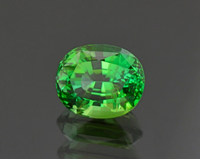 FLASH SALE! Spectacular Bright Green Tourmaline Gemstone from Namibia 6.62 cts