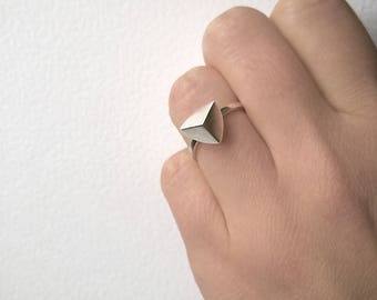 Sterling silver ring with pyramid