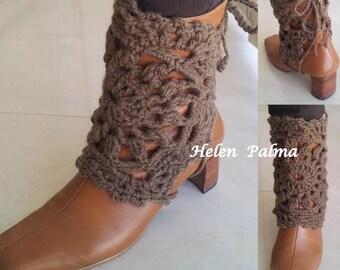 Crocheted legwarmers, bootcuffs