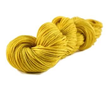 Worsted Yarn, Superwash Merino yarn, worsted weight yarn, wool yarn, 100% Superwash Merino, yellow, gold, worsted merino - Goldenrod