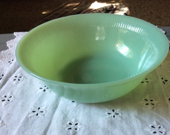 "Vintage Fire King Jadeite Jadite Large Vegetable Serving Bowl 8 1/4"" Jane Ray Ribbed Pattern"