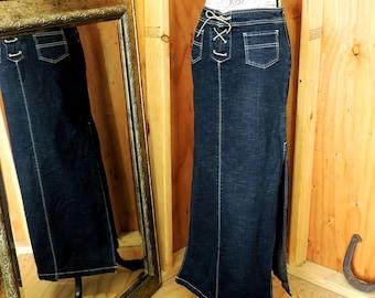 Long denim skirt / 90s denim maxi skirt / size S 5 / 6 / long jean skirt / lace up denim skirt / dark wash long denim skirt /
