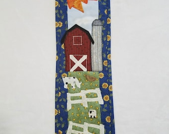 SALE***Applique Quilted Wall Hanging - Country Farm Scene with Button Animals