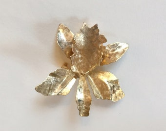 Vintage Orchid in Textured Gold Tone Brooch