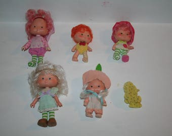 Vintage 1980s STRAWBERRY SHORT Lot of Dolls!  Five (5) Dolls / One Price!  Clothing, Hats, Shoes--What You See is What You Get!!!