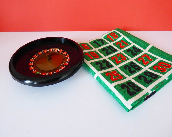 Roulette tea towel and roulette wheel + wall hanging 1960's Vintage