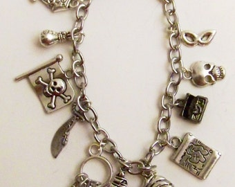 Pirate Charm Bracelet, Yo Ho Ho, Pirate Jewelry, Looking for Buried Treasure, Ocean Theives, Pirate Movies, Favorite Pirate
