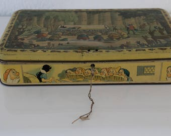 "1930s Walt Disney ""Snow White and the Seven Dwarfs"" Tin Box."