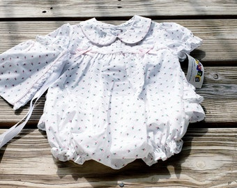 80's Ruffle Bottom Baby Outfit with Bonnet, Alexis Babywear Ruffle Butt Romper with Bonnet, Vintage Baby Girl, Matching Hat Set, 6 Months