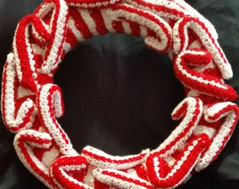 Christmas Holiday Wreath, Door Hanger, Wall Hanging, Red and White, Candy Cane. Housewarming Gift