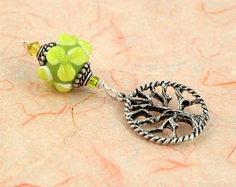 Blessingway bead - Young Leaves Circled Tree of Life - Mother Blessing bead, mama goddess