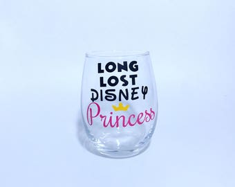 Disney Princess wine glass. Disney Princess wine glasses. Disney glassware. Funny Stemless wine glasses 21st birthday. cute wine glasses