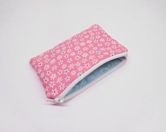pink change purse, pink coin purse, floral print, with flowers, zipper bag with small flowers, zipper pouch, small purse, small pink wallet