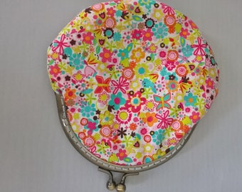 Flower Coin Purse, Summertime Purse, Small Money Purse, Fabric Purse, Flower Purse, Money Pouch, Headphone Pouch, Birthday Gift