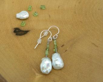 Reiki Healing Earrings, Pearl Earrings, Peridot, Confidence, Self-Love, Prosperity Necklace