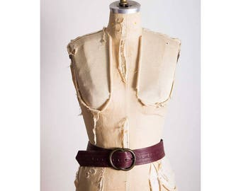 Vintage leather belt / 1960s 1970s embossed wide leather / Purple tooled leather hip belt /