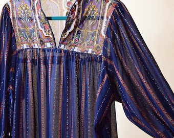 1970s vintage paisley print sheer mum maxi nightie nightgown sleep dress women's size medium - large
