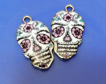 Two Sugar skulls charm/pendant/Diy day of the dead jewelry