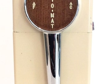 Vintage Art Deco Chrome 1950s Ice O Mat Hand Crank Ice Crusher with Wall Mount chrome tan beige