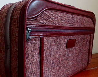 """Maroon Tweed """"Giordano Luggage"""" Overnight Bag, Carry on Bag, Vintage Suitcase, Small Suitcase, Road Trip Suitcase, Travel Luggage"""