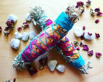Sage Smudge Stick from Taos, NM | Sage + Rose Bundle with Smudge Feather | New Mexican Herbal Sage for Smudging + Cleansing | Reiki + Chakra