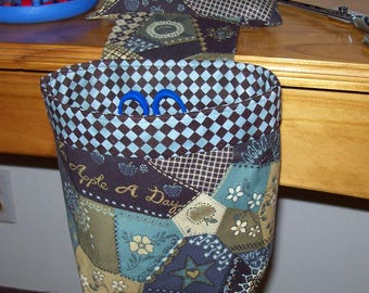 Thread Catcher / Scrap Caddy / Pin Cushion / With Rubberized Gripper Strip / Crazy Quilt Patterned Fabric