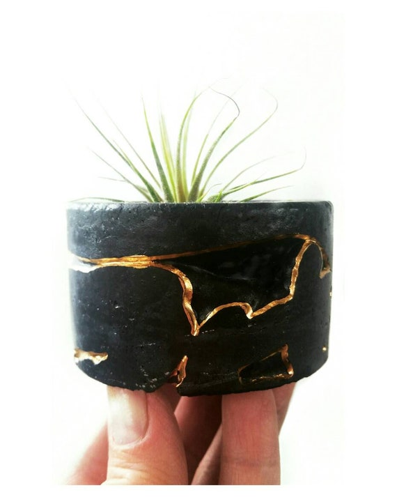 Black Concrete Air Planter,Modern planter,Cactus Planter,Air Plant, Ring Dish,Desk Planter, candle holder, Metallic planter,Mini Planter
