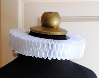 White Elizabethan Collar,Elizabethan Ruff,Renaissance Cosplay,Neck Ruff,Mardis Gras Costume,Tudors,Renaissance Wedding-Custom-Made to Order