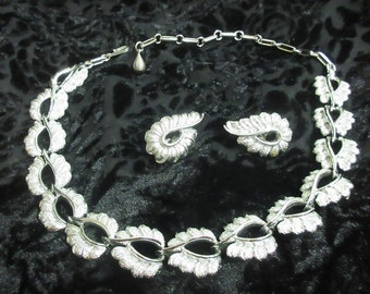 Vintage Silver Metal Necklace and Earring Set, 1950s Jewelry, Jewelry Set