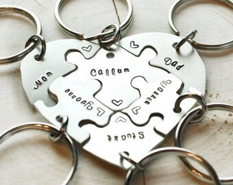 Hand cut engraved friendship heart puzzles keychain, heart puzzle, 6 pieces, six, wedding, friends, graduation, farewell, family