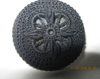 """ANTIQUE EXCELLENT 1800's/1900's 1 1/16"""" Black Lacy 'Crocheted' Doily Fabric Coat Button w/ String Shank..#1012"""