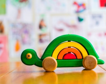 Wooden stackable turtle, stackable toy by Atelier Cheval de bois