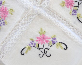 4 Vintage Tea Napkins with Hand Embroidered Flowers in a Basket, Luncheon Napkins