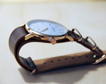 Mens Brown Leather Watch Vintage Styling Sporty and Dressy Authentic Leather Swiss Mechanism Handmade
