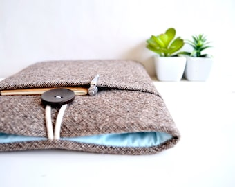 """Unisex 13 inch Laptop Sleeve Laptop Case 11.6"""" 14"""" 15.6"""" inch Computer Sleeve Custom Size Chromebook available - Brown Wool"""