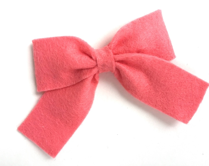 Coral felt hair bow - felt bows, hair bows, bows, hair clips, hair bows for girls, hair clip, hair clips for girls, baby bows, felt hair bow
