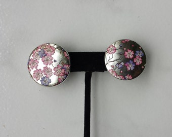Round Pink Purple Flowers Silver Background Lightweight Plastic Post Pierced Vintage Earrings