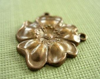 vintaj brass flower connector, brass flower, 5/8 inches, one piece