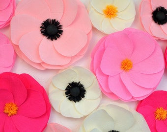 12 Giant Paper Flowers/Giant Paper Poppies/Wedding Decoration/Arch Flowers/ Table Flower Decoration/  Pink And Ivory Flowers