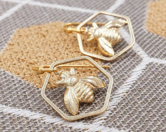 Bumble Bee and Honeycomb Earrings, Honey Bee Earrings, Honeycomb Earrings, Gold Bee, Hexagon Earrings, Gift for Her