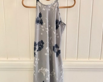 90's floral shift dress size small
