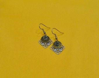 Silver and gold snowflake earrings (Style #274G)